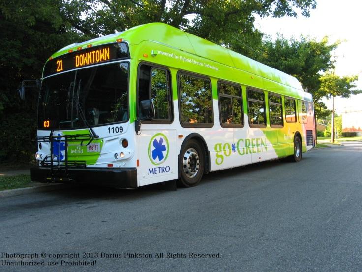 Cincinnati_Metro_2011_New_Flyer